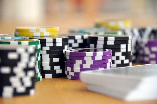 5 Known reasons for Betting on the Web And Play In Dominoqq