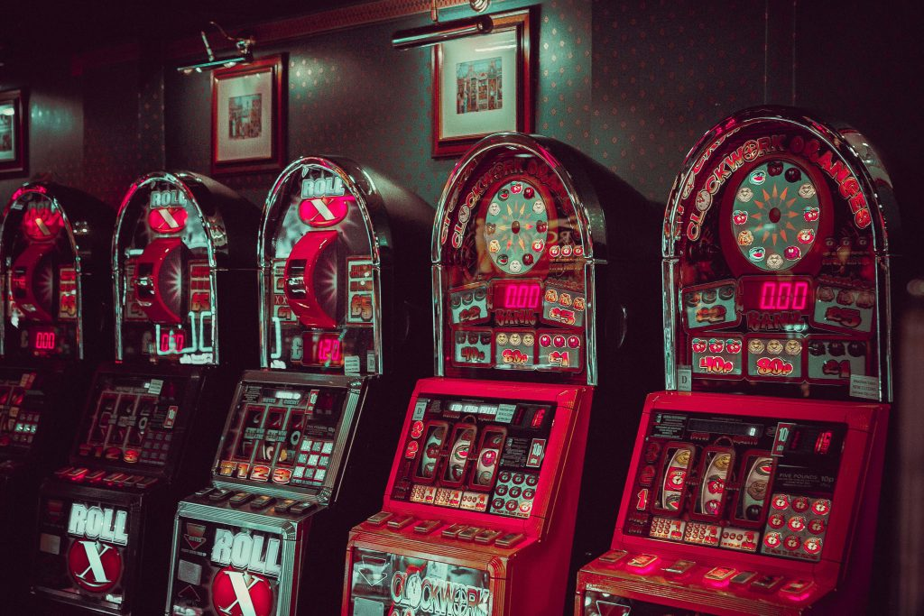 What Are The Tips That A Gambler Must Keep In Mind For Starting Gambling Games Online?