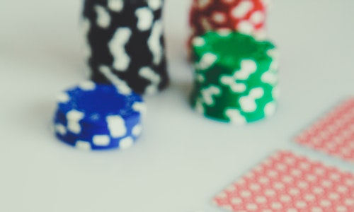 Want to win more at an online casino site? Pay attention!