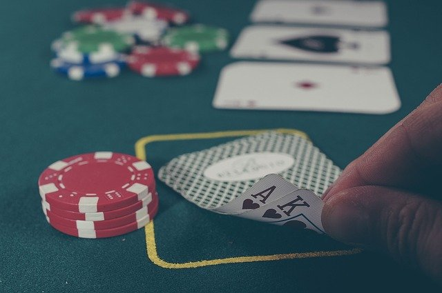 Is Online Poker Better than Playing with Local Punters?