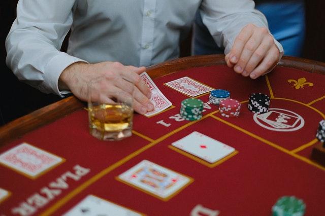 How To Play Games At Joker Slot?