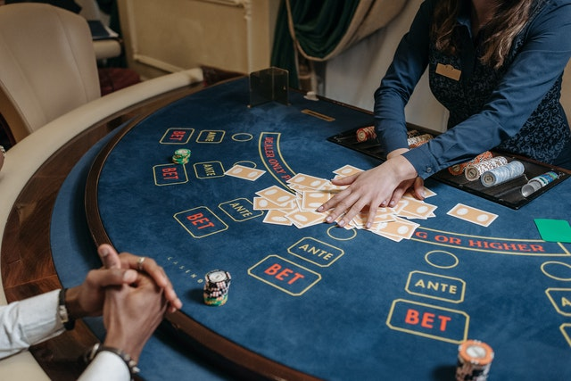 What are the Different Types of Slot Games in an Online Casino?